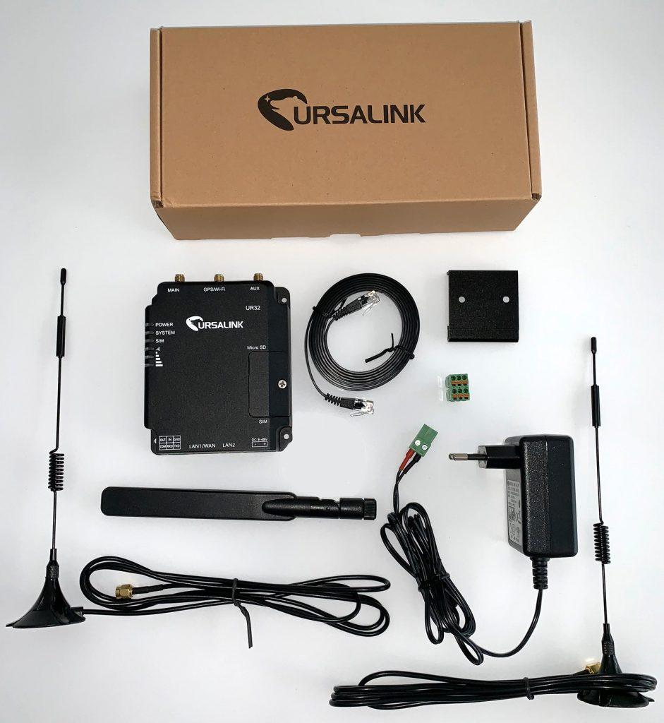 modem et accessoires du routeur UR32